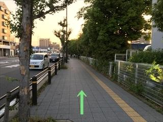 五条通を西へ歩きます。